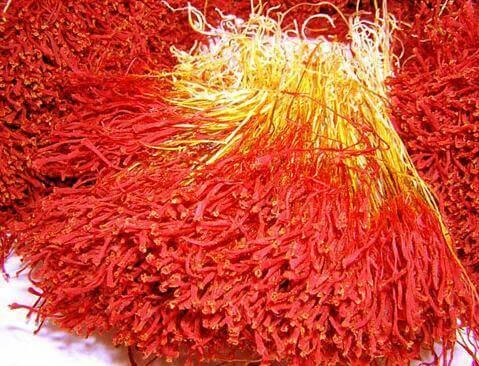 lam the nao de phan biet duoc nhuy hoa nghe tay - Phân Biệt Nhụy Hoa Nghệ Tây Thật Hay Giả Đơn Giản