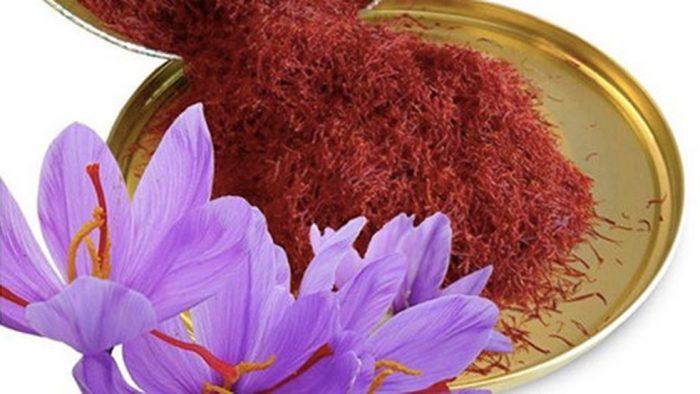 nhuy hoa nghe tay phong chong benh loang xuong 700x394 - Giảm Nguy Cơ Loãng Xương Ở Phụ Nữ Lớn Tuổi Với Saffron